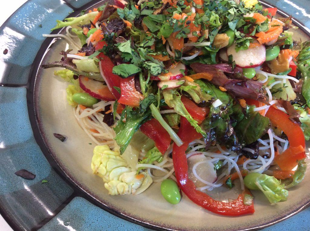 salade-de-nouilles-asiatiques3.jpg
