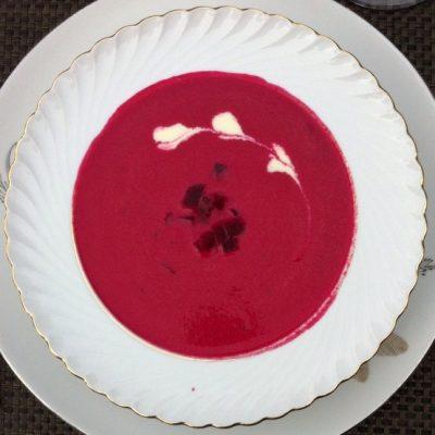 Beet soup with Crème Fraîche