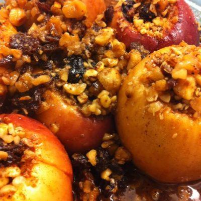 Hazelnut Maple Baked Stuffed Apples